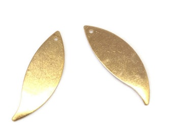 2 brass 34x11mm simple stylized leaf charms