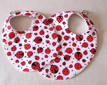 Ladybugs Baby Bib , Baby Girl Bib, Red Baby Shower Gift, Trendy Bib, Ladybug Bib, Red Bib, Absorbent Bib, baby shower gift