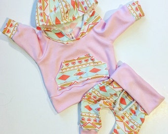 Baby girl outfit / baby girl clothes / pink / baby clothes /  baby / girl toddler / baby shower gifts / newborn baby girl / new baby