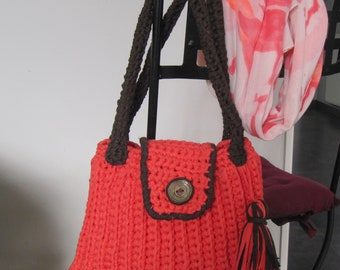 women crochet handbag