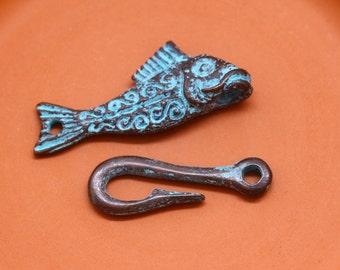 Greek Rustic Fish Clasp, Fish and Hook Clasp, Copper and Green Patina, 45 mm, Mykonos Greek Metal Casting, 1 set – MK90