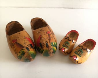 Vintage Miniature Wooden Windmill Dutch Shoes Hand Painted Holland Souvenir, 2 Pairs