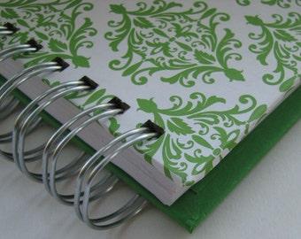 Agenda - Pocket Size -  Planner - Weekly Planner - Organizer Planner - Weekly Agenda - Unique Planners - Organize - Wirebound - Green Damask