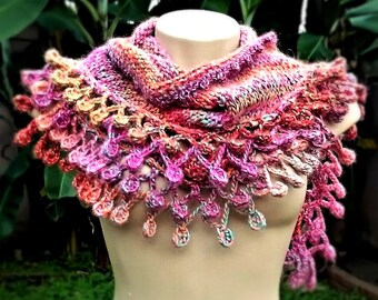 Knit shawlette