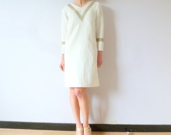 Dress fine woolen ivory and linen doubled by cotton