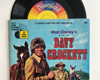 """Walt Disney's The Story of Davy Crockett 1971 Story Book and Record Set - Disneyland Records - 24 Page Book, 7"""" Record"""