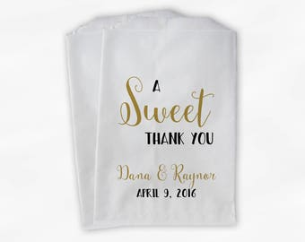 A Sweet Thank You Wedding Candy Buffet Treat Bags - Black and Gold Personalized Favor Bags - Set of 25 Paper Bags (0203)