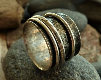 Triple Band Silver Spinner Ring.