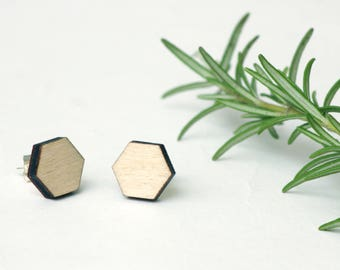 Wooden earring studs, honeycomb studs, geometric earrings, wooden earrings, laser cut jewellery, gift for bee lovers, save the bees