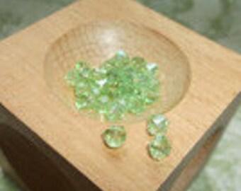 30 light green bicone swarovski beads glass beads