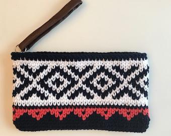 Clutch Tapestry Crochet