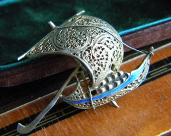 Gilt silver filigree and enamel ship brooch - vintage jewelry
