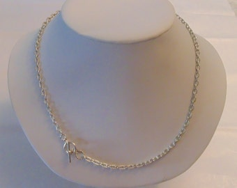 Silver Tone Toggle Clasp Necklace