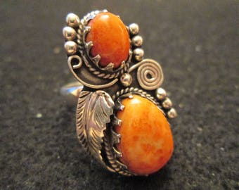 One of a Kind> Navajo Handcrafted Sterling Silver Ring with Brilliant Orange Spiny Oyster>Leaf/Raindrop >Magnificent>A real jaw dropper!