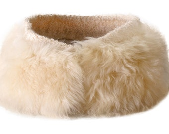Winter White Lambs Fur Collar