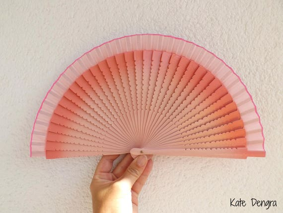 Two Tone Pale Pink With Wavy Cut Rib Detail Design Spanish Hand Fan Limited Edition