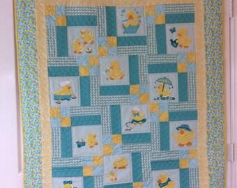 Appliqué Ducks Baby Quilt