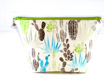 Makeup Bag | Zipper Pouch | Toiletry Bag | Makeup Pouch | Travel Case | Gifts for Her | Cactus Zipper Pouch | Gifts under 20 | Cactus