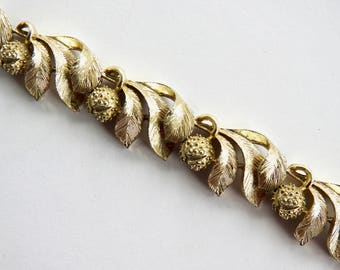 Mid Century Textured Gold Tone Leaf and Berry Bracelet