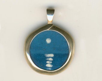 Hand Painted Enamel Jewelry Coin Pendant Moon Light Nickle Size
