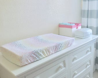 Rainbow Confetti Changing Pad Cover // Rainbow Changing Table  // Rainbow Changing Cover // Unicorn Nursery // Rainbow Baby Nursery