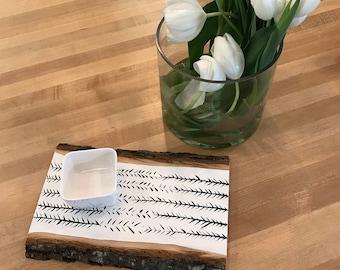 Decorative tray, serving plank