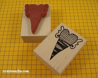 Checked Heart in Flight Stamp / Invoke Arts Collage Rubber Stamps