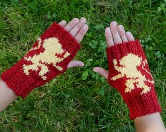 Game of Thrones House Lannister Fingerless Gloves - Texting Gloves Crimson Wristwarmers - Lannister Golden Lion Hand Knit Fingerless Mittens