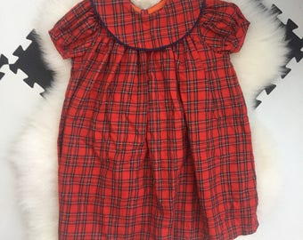 Vintage handmade red plaid wool dress. Perfect for autumn or christmas!