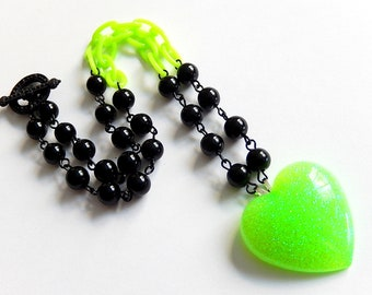 Neon Green Heart Necklace, Black Green Rave Jewelry, Lime Pendant, Festival Accessories, Club Wear