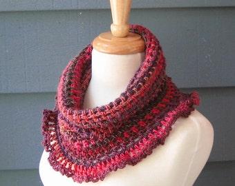 PATTERN C-023 / Crochet Pattern / Clara Cowl ... DK 280 yards