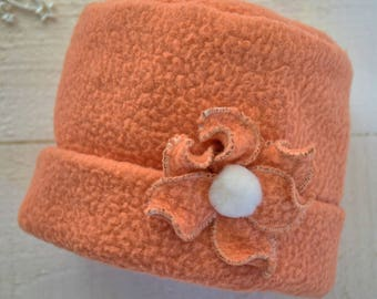 Snuggly girls' hat