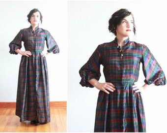 1940s lounge dress | 40s hostess dress by Kamore | 1940s floor length dressing gown | size xs - s
