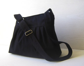 LaST ONE Pretty..... in black --everyday purse with adjustable strap and ZIPPER CLOSURE--