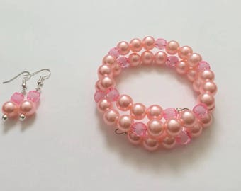 Matching pretty pink earrings and bracelet set
