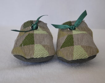 Soft suede baby/toddler little Edgar slippers