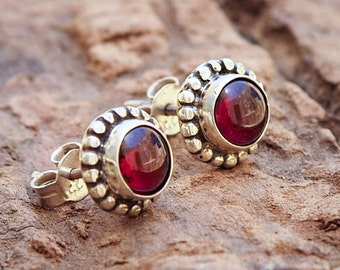 Sterling Silver Stud Earrings // Silver Ear Studs // Sterling Silver 925 Stud // Silver Post Earrings // Gemstone Earrings // Garnet Earring