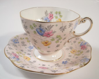 Foley Tea Cup and Saucer, Pink tea cup and saucer set, Floral Hand Painted Tea cup and saucer.