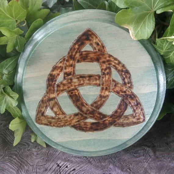 Celtic Knot, Altar Paten, Wiccan Altar Paten, Wiccan Altar Tile,  Altar Tile, Triquetra Altar, Triquetra, Celtic Knot Wall Art