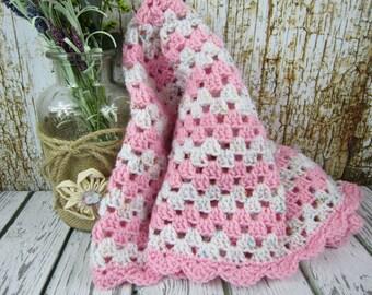 Crochet Baby Blanket, pink and white, crochet baby girl blanket gift, granny square blanket, nursery gift, baby shower gift, baby bed decor