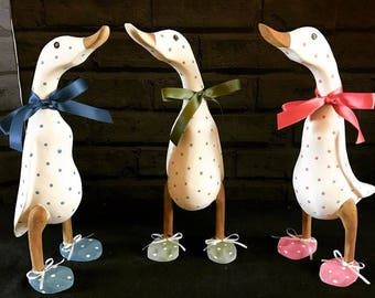 Shabby Chic webbed wooden duck with polka dots