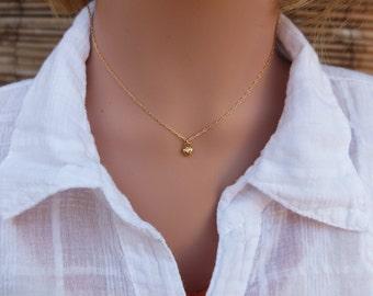 Tiny Heart necklace, tiny gold necklace, Gold chain necklace, Gold heart necklace, Dainty necklace, Delicate necklace, Small heart necklace