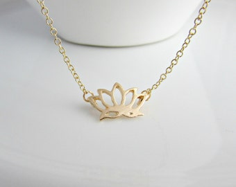 Flower Necklace, Bridesmaid Gifts, Gifts for Bridesmaid, Bridesmaid Necklace, Gold Lotus Flower, Flower Jewellery, Gifts for Girls