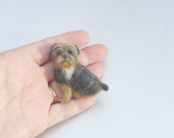 Pet Gift Your dog as a cute Pin Gourmet Felted / Custom  Needle Felted Miniature Pet Portrait / Sculpture Brooch