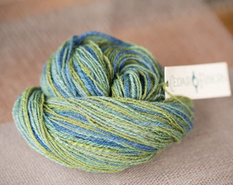Hand Spun Worsted Weight BFL Wool Yarn Seaglass