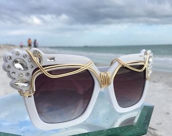 New Style / White RHiNeSToNe Retro Vintage New Womens Glasses / Artisan Wire Wrap Glasses / Urban Bohemian Chic Sun Glasses Eyewear Glasses
