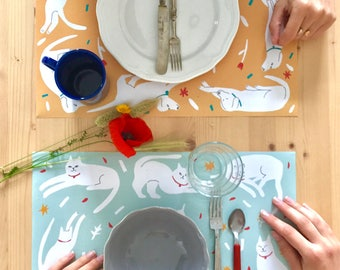 40 Disposable Paper placemats canine and kittens