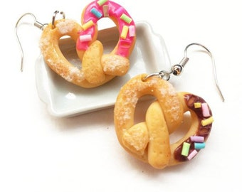 Strawberry bread + chocolate  earring | Food earring | Food Jewelry | Miniature Foods | Thai Foods | Gift | Earring Cute
