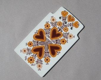Arabia Finland Sirpa Cutting Board Raija Uosikkinen Design Ceramic Cheese Board Mid Century Scandinavian Design Orange Hearts & Flowers