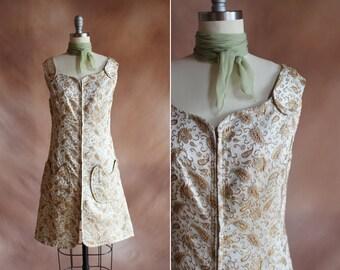années 1960 métallisé or et crème paisley sparkle brocart mini robe zip-up / taille s